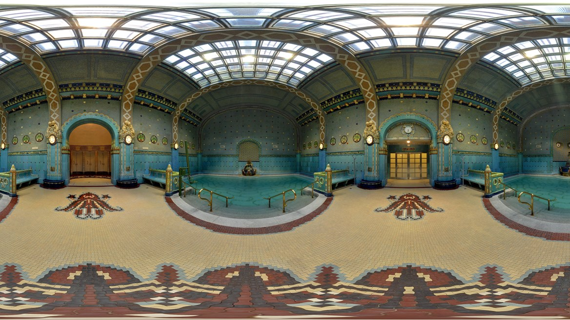 Thermal treatments such as healing gymnastics and electrotherapy are offered in the pools of the Gellért Baths