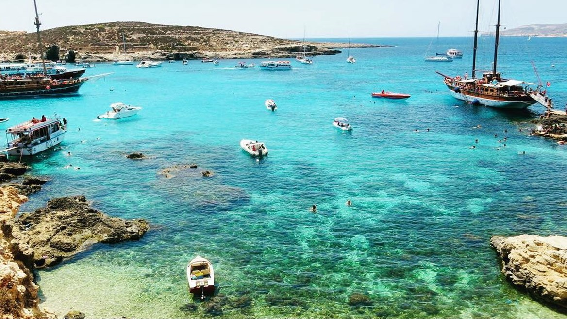 Between the island of Comino and the islet of Cominotto, Blue Lagoon is a natural pool of calm,