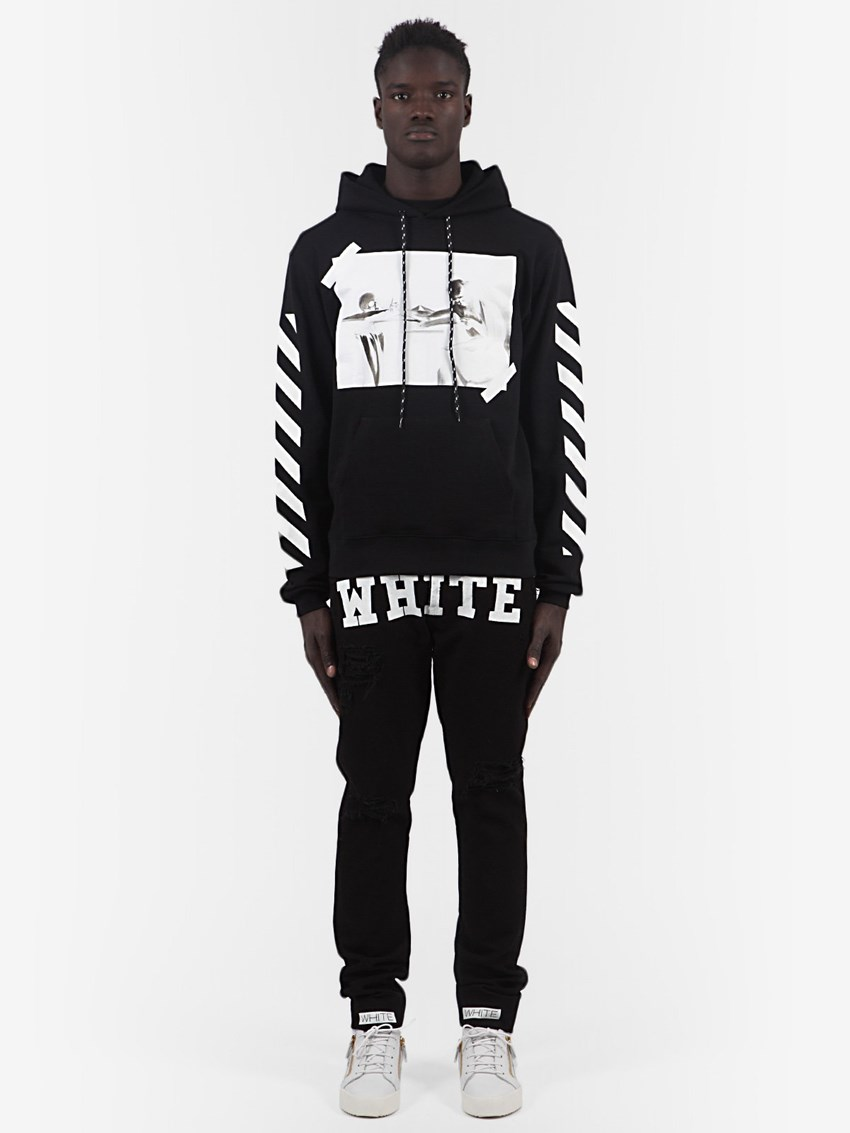 This design is part of the Off-white Spring-Summer 2014 collection, a company with which this young American is redefining streetwear