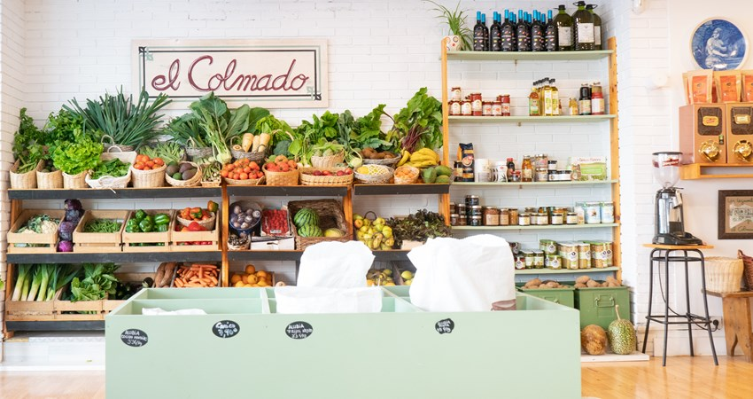 El Colmado, Avenida Camilo Alonso Vega gives a very modern twist to the concept of grocery store.