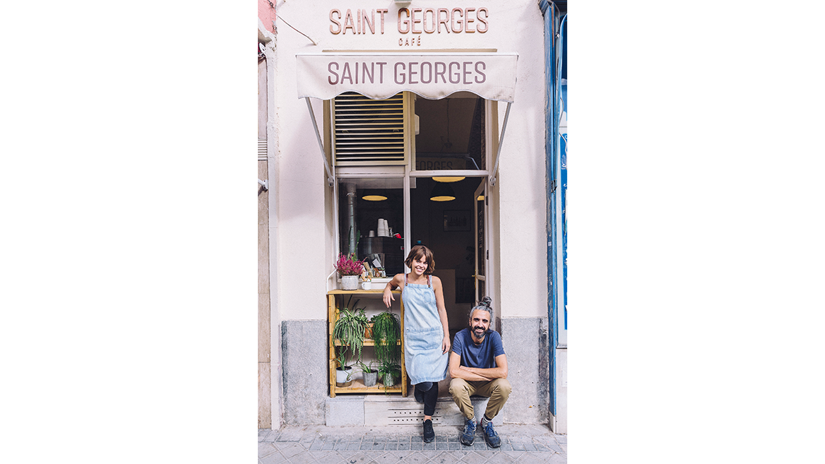 Saint Georges Café, a small take-away style cafe in Chamberí